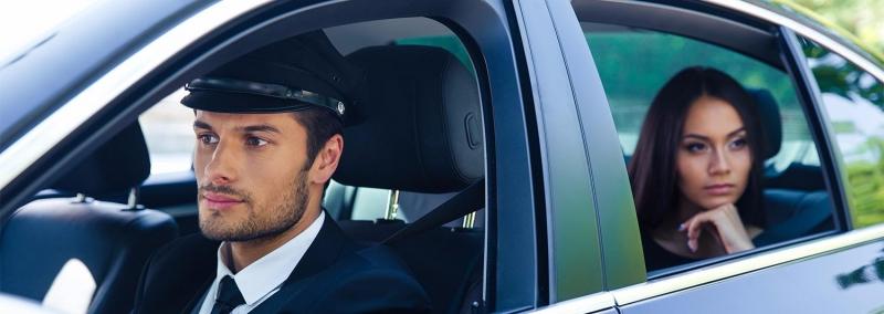 Приглашаем.    водителя с личным автомобилем .